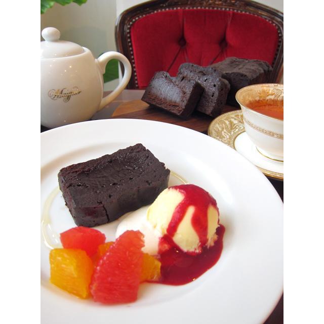 【小麦粉を使っていないチョコレートケーキ(ハーフサイズ)】要冷蔵、小麦粉不使用、生チョコのように濃厚なめらかなチョコレートケーキ|mayfair-net