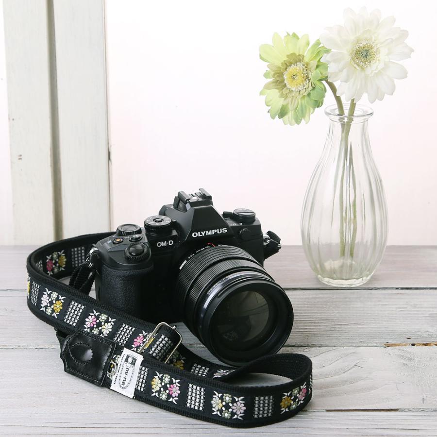 カメラストラップ camera strap 一眼レフ ミラーレス一眼用 フラワータイル フリータイプ mi-na 02
