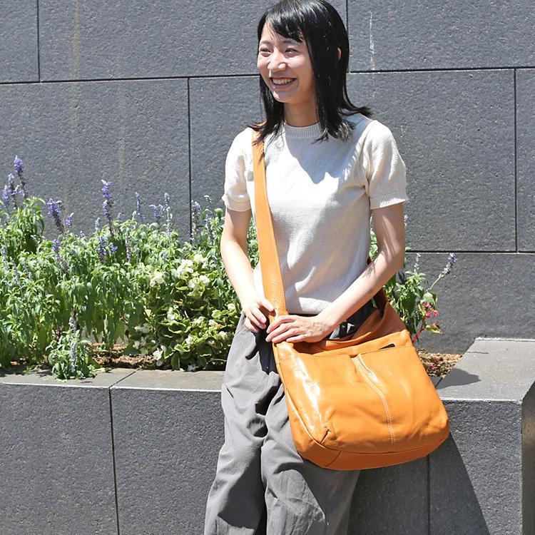 【送料無料】【日本製】A4対応の大きいショルダーバッグ 721111|mikiyabagcollectin|08