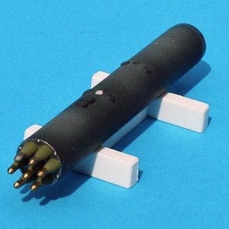 現用アメリカ陸軍 M260ハイドラ70ロケット弾ポッド(ロケットポッド1個 ...