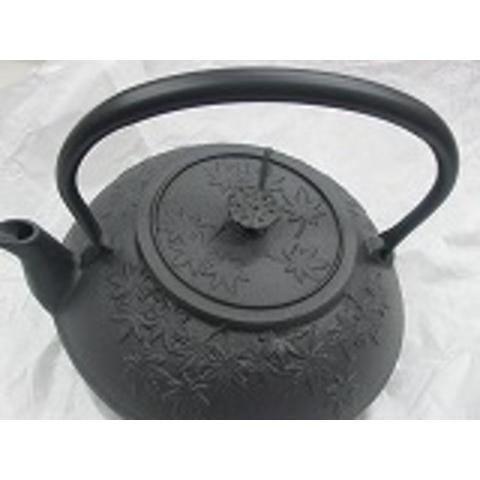 南部鉄瓶 お茶茶もみじ 1.2L  浄水竹炭5枚付