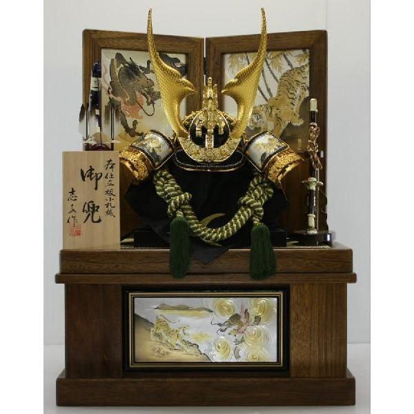 木彫り金箔龍彫金剣虎着用兜古代塗り収納高台セット