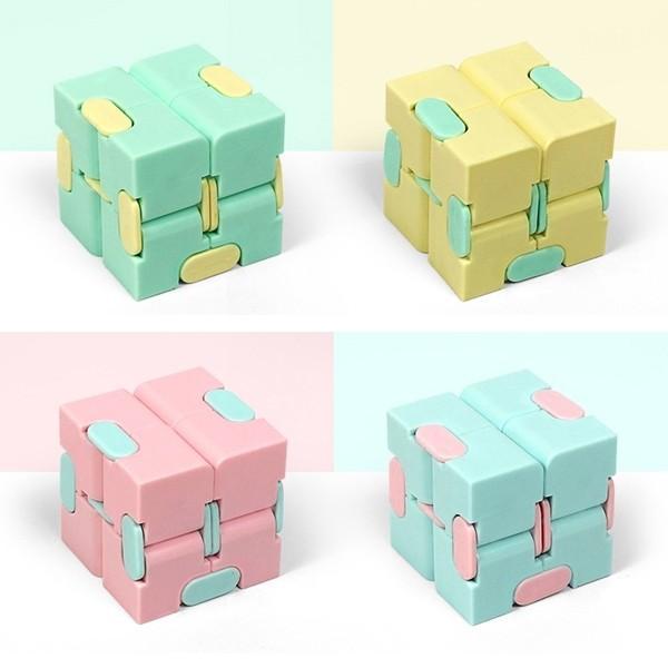 インフィニティキューブ 無限キューブ 予約 パステルカラー 毎日がバーゲンセール クリームカラー パズル おもちゃ かわいい おしゃれ 女子 女性におすすめ 海外で人気