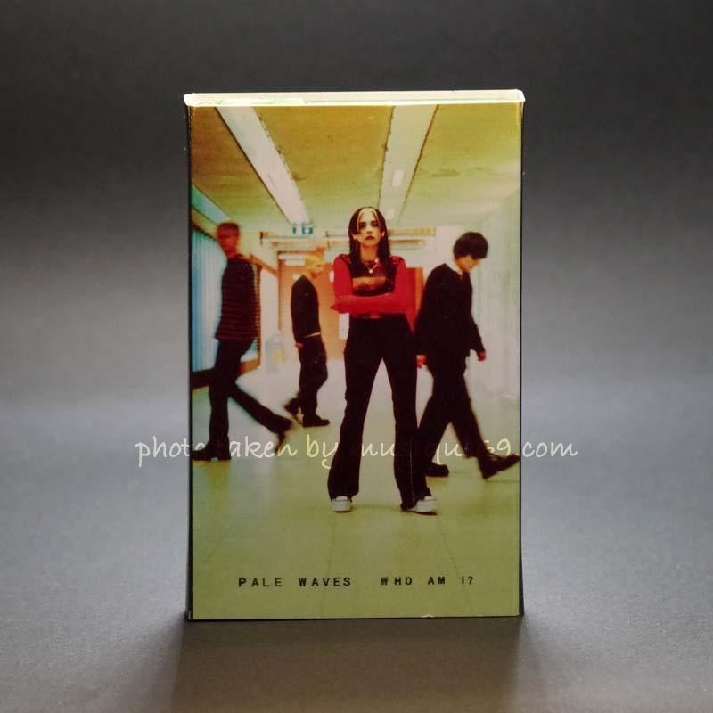 ペールウェーヴス Pale Waves - Who am I? Fluorescent Green Tour Edition (cassette)|musique69