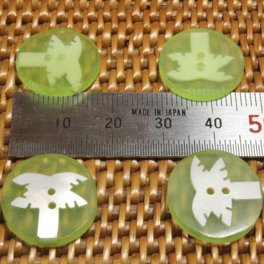 ★クリックポスト送料無料★ 貝ボタン バリ島雑貨 丸樹脂型緑色椰子の木模様/2穴/φ17mm/t2mm 1個入  mutasan 03