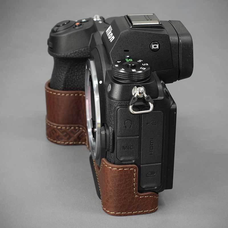 LIM'S Nikon Z7II Z6II 専用 イタリアンレザー カメラケース Brown メタルプレート 本革 おしゃれ ケース NK-Z72BR リムズ 日本正規販売店|nineselect|07