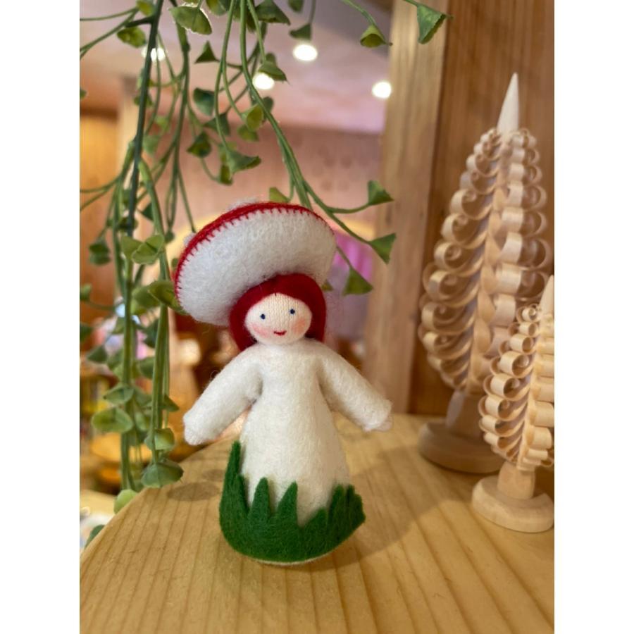 【春の妖精2021】フラワーフェアリー・赤いきのこの女の子 ホワイト  アンブロシウス|ohisamaya