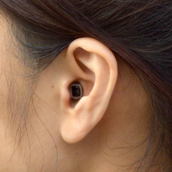 QリーフGo 超小型耳底式 デジタル聴音補助器 + スタンド式LED拡大鏡 オランダ製 okitatami 02
