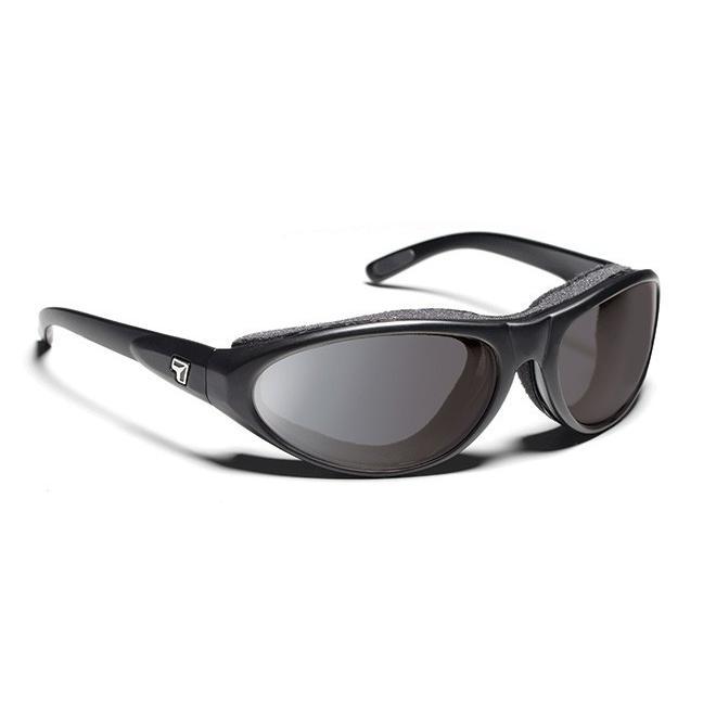 7EYEサングラス CYCLONE マットブラック F2001-E20 NXT調光レンズ