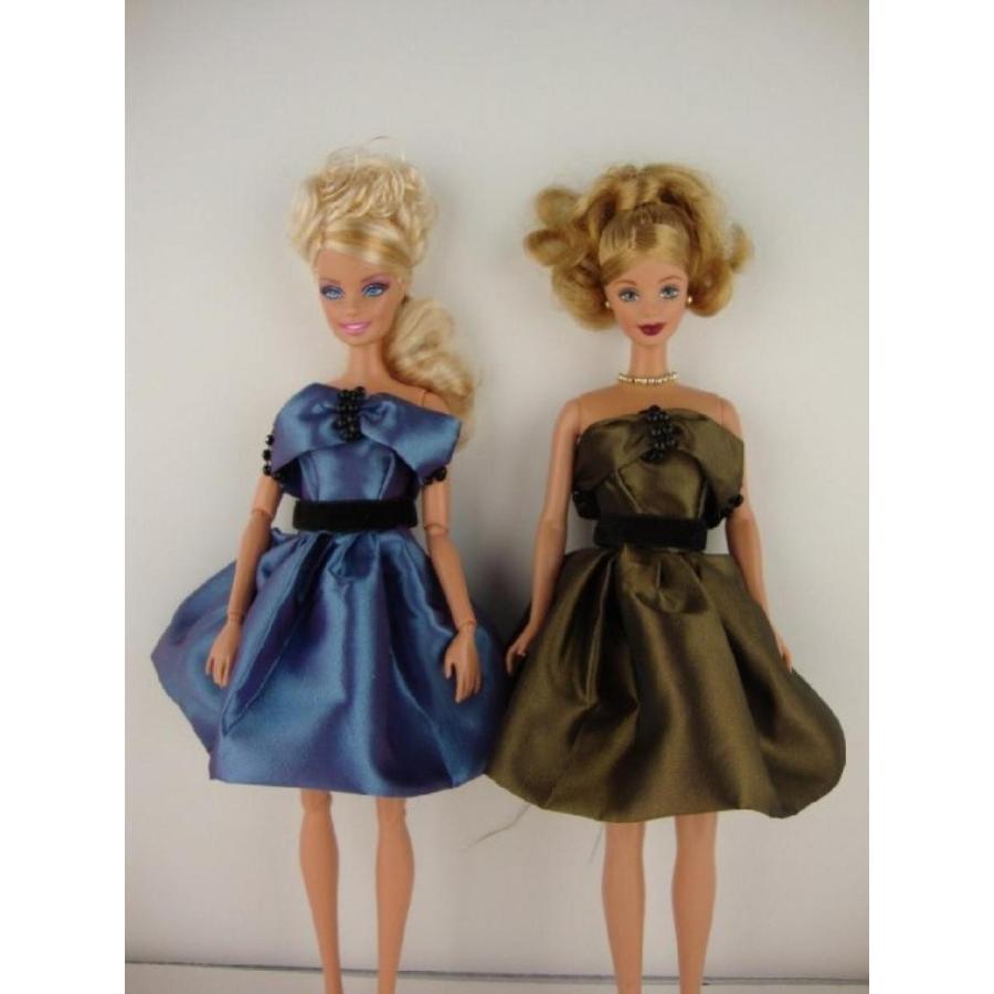バービー人形 着せ替え おもちゃ A Set of Two Sophisticated Cocktail Dresses in a Medium Bl