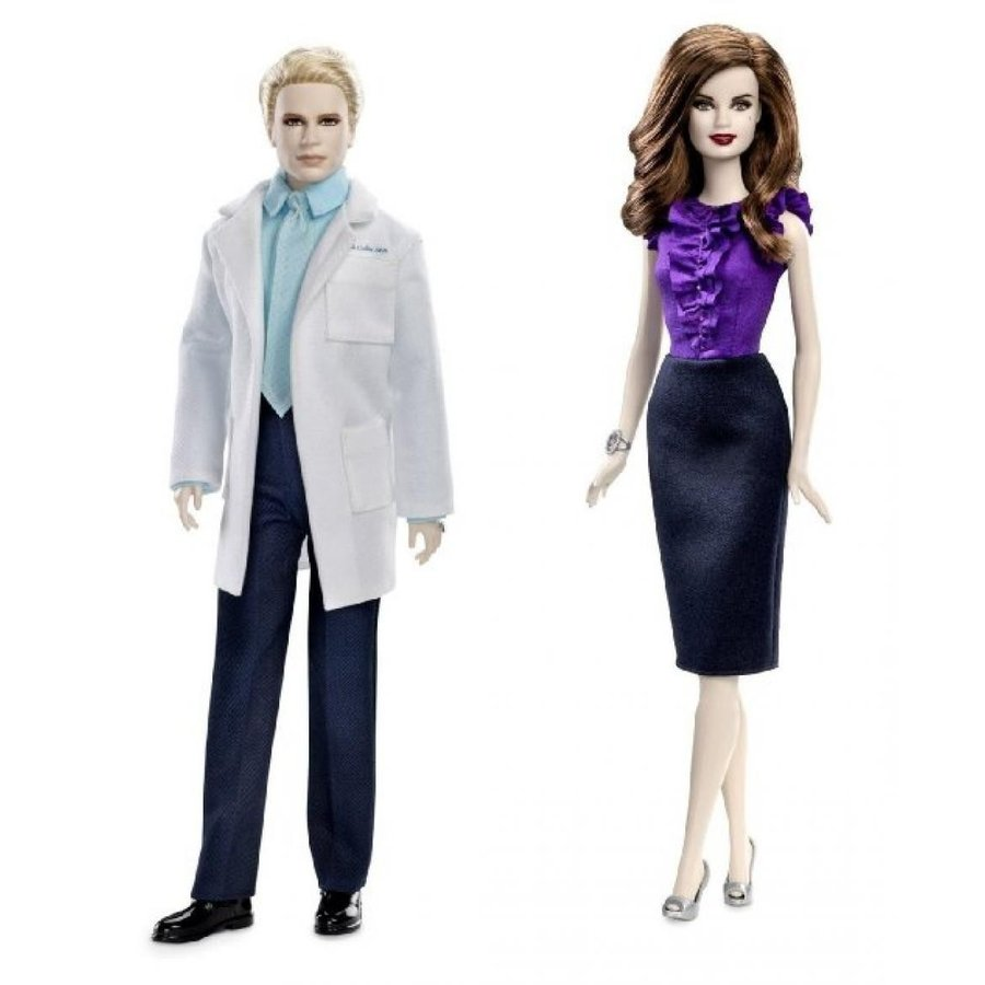 バービー人形 おもちゃ 着せ替え Barbie Collector The Twilight Saga Breaking Dawn Carlisle Doll & Esme Doll Bundle 輸入品