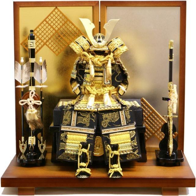 五月人形 久月作 家紋 金小札緋絲縅 鎧飾り 2009