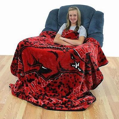 カレッジ スポーツ ユニフォーム NCAA Arkansas Razorbacks 63 x 86 Throw Blanket Soft & Comfy