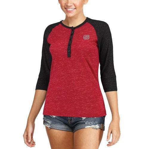 カレッジ NCAA 大学 アメリカ スポーツ USA コロシアム Colosseum NC State Wolfpack Women's 赤 Split 3/4-Sleeve Raglan Henley T-Shirt