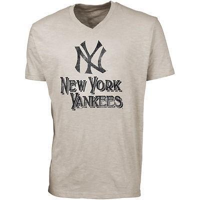 フットボール NFL アメリカ USA 全米 メジャー フォーティセブン '47 Brand New York Yankees JV Scrum Ballpark V Neck T Shirt Cream