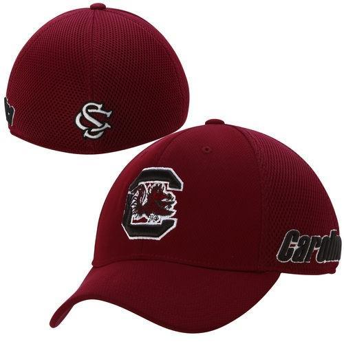 カレッジ NCAA アメリカ USA 大学 スポーツ トップオブザワールド Top of the World South Carolina Gamecocks レッド Resurge Memory Fit Flex Hat
