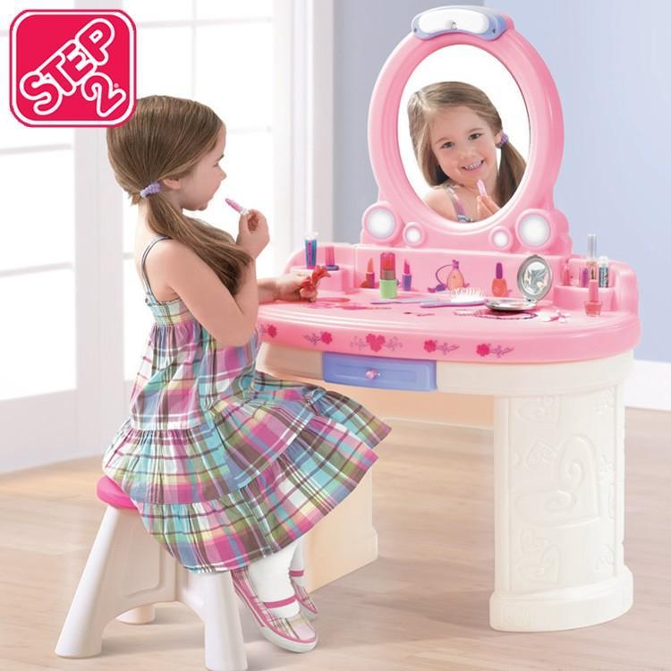Online ONLY(海外取寄)/ ごっこ遊び 子供 オシャレ雑貨 家具 メイク遊び ファンタジー バニティ 757900 STEP2