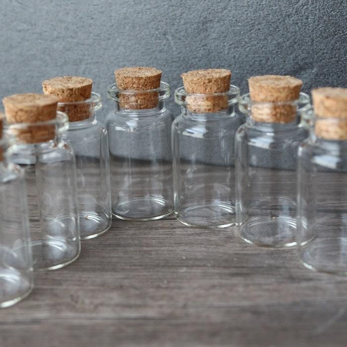 ガラス瓶 ミニ瓶 容器 5本セット 初売り お試し 天然石 500円 ワンコイン さざれ石 定価