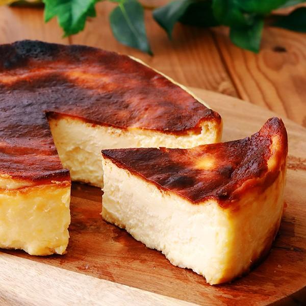 濃厚バスクチーズケーキ 【ショップ移動しました】 急速冷凍(5号/直径約15cm)焼き上げ後美味しさを閉じ込めて[冷凍]にてお届け|patisserie-monterosa