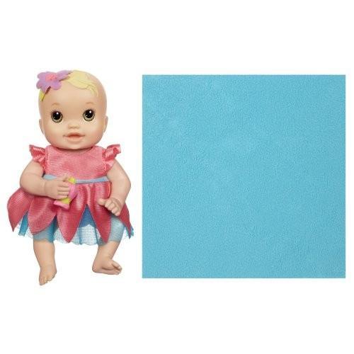 ベビーアライブBaby Alive Kicks and Cuddles Newborns Doll - Caucasian Light 褐色 Eyes, 6-Inch