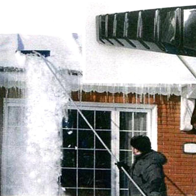 コンパルの雪落とし