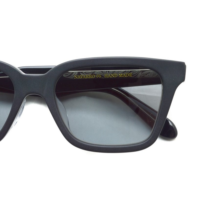 A.D.S.R. NAVARRO 05 ナヴァロ MATTE BLACK & CLEAR BLACK - Clear Gray ブラック&クリアブラック - クリアグレーレンズ  ウェリントン サングラス|props-tokyo|03