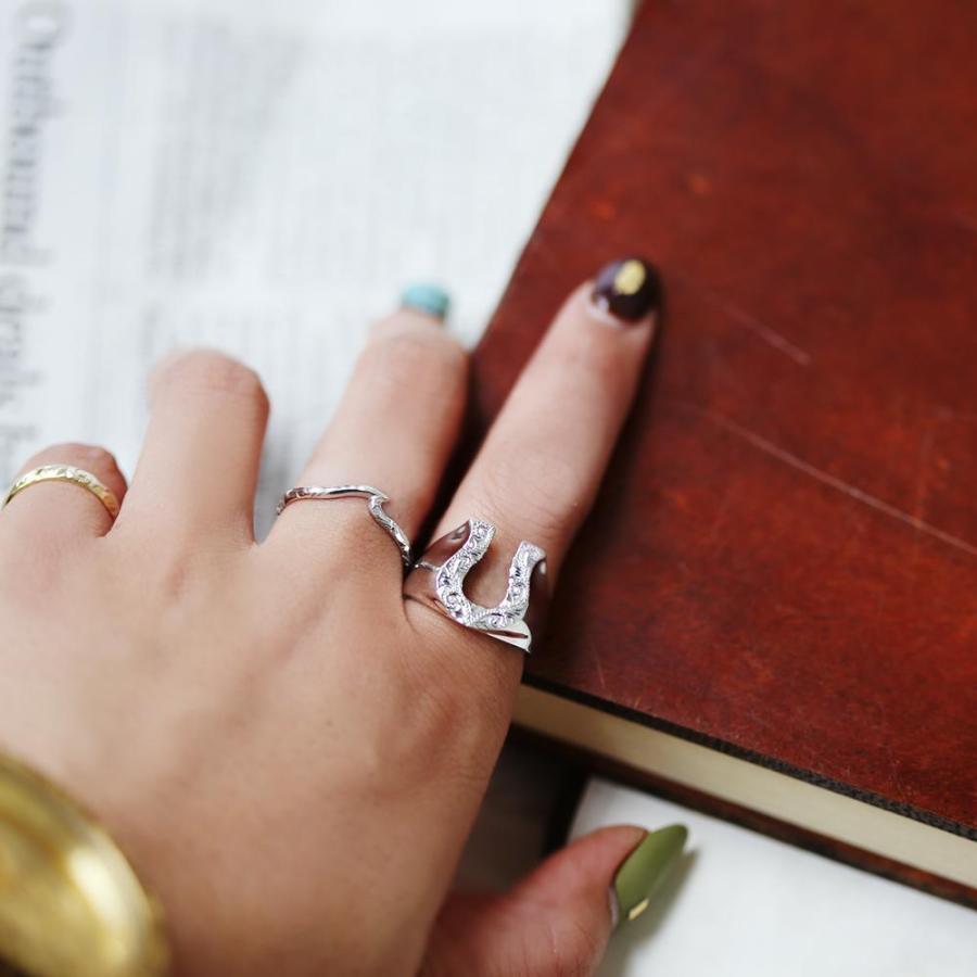 【K18 ハワイアン ホースシューリング 馬蹄】18金 Hawaiian jewelry 手彫り 指輪 ネイティブ メンズ 男性 サーフィン 海 ピンキーリング セレブ ラッキー puaally 04
