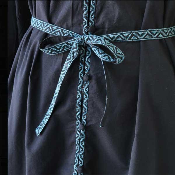 ワンピース  刺繍 前開き 羽織り フォークロア 黒 pwanpwan 03