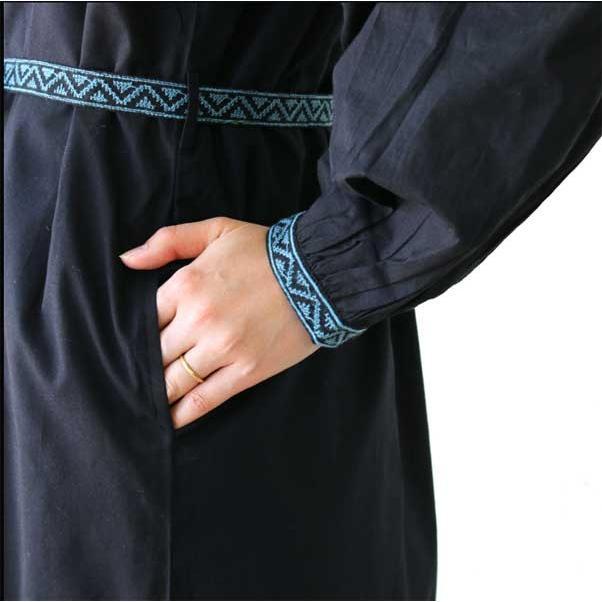 ワンピース  刺繍 前開き 羽織り フォークロア 黒 pwanpwan 04