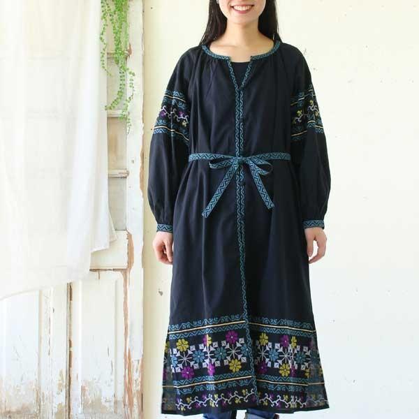 ワンピース  刺繍 前開き 羽織り フォークロア 黒 pwanpwan 07