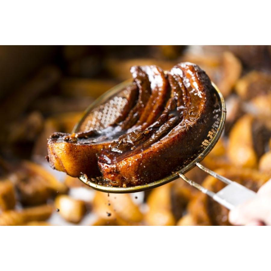 門外不出の「自家製秘伝たれ」でじっくりと煮込み蒸しあげた手作り焼豚。まるごと1本(満足の300g前後)|ra-mensekai|03