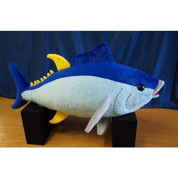 本日大漁でっかいマグロぬいぐるみ100cmデザインから裁断縫製まで全行程国内自社工場で制作/日本製/オリジナルぬいぐるみ|rabbittail-net
