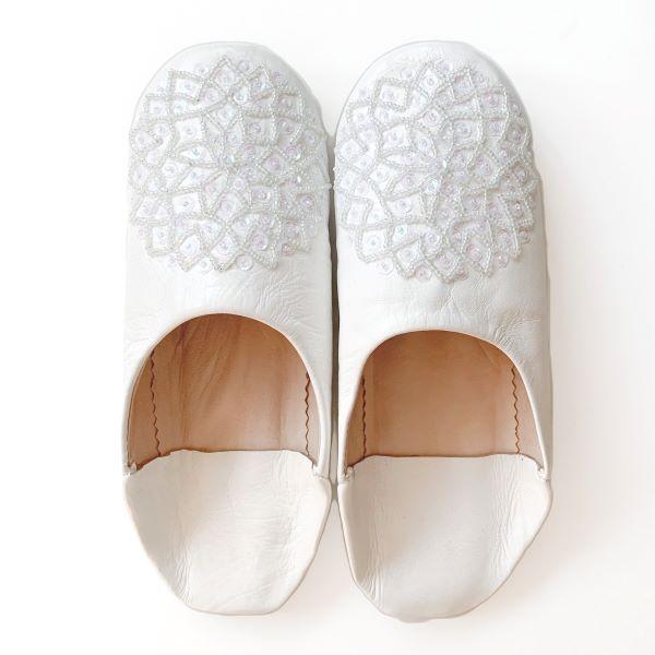 【メール便可】モロッコ スパンコール ビーズ バブーシュB革 室内履き スリッパ ルームシューズ 靴 モロッコ雑貨 女性 手作り 刺繍 ホワイト ブラッ|raha|02