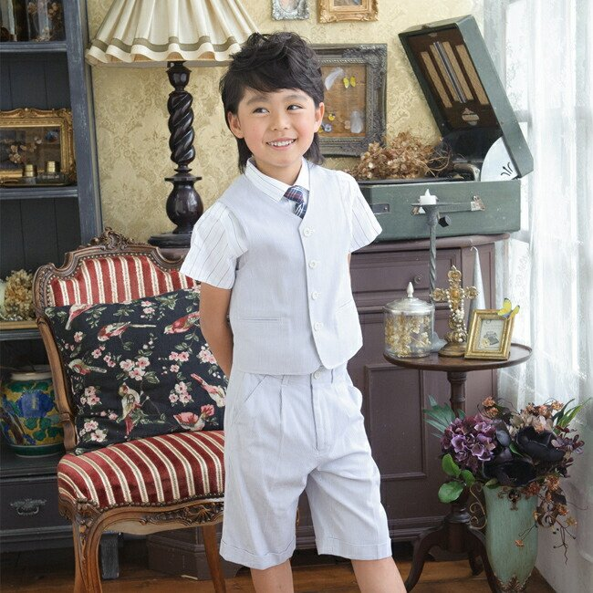 7474eb72ab479 こどもフォーマル服 子供スーツ 靴セット 夏用男児ベストスーツセット ...