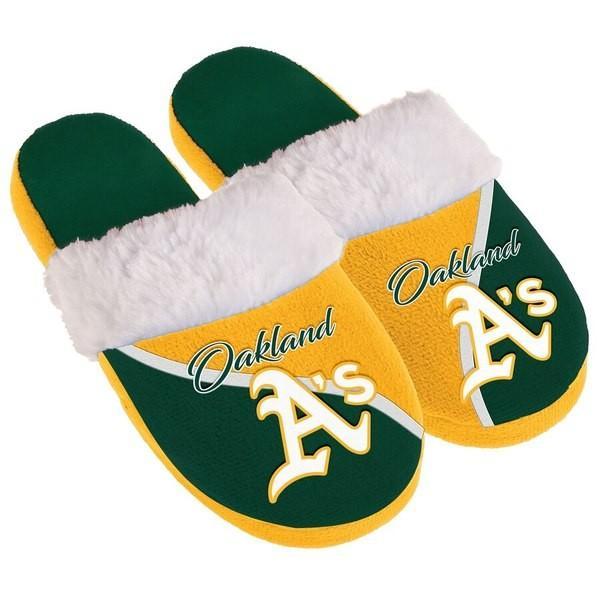 フォーエバーコレクティブルズ レディース サンダル シューズ Oakland Athletics Women's Cursive Colorblock Slippers|revida