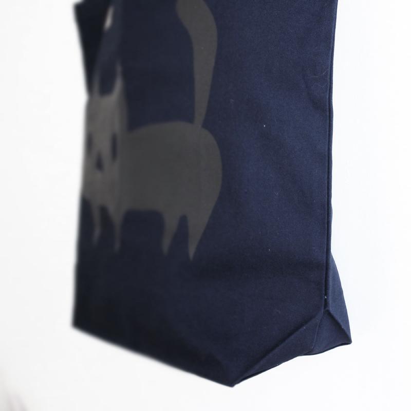 トートバッグ でっかい黒ネコ 猫 ねこ コットン ネイビー|room505|03