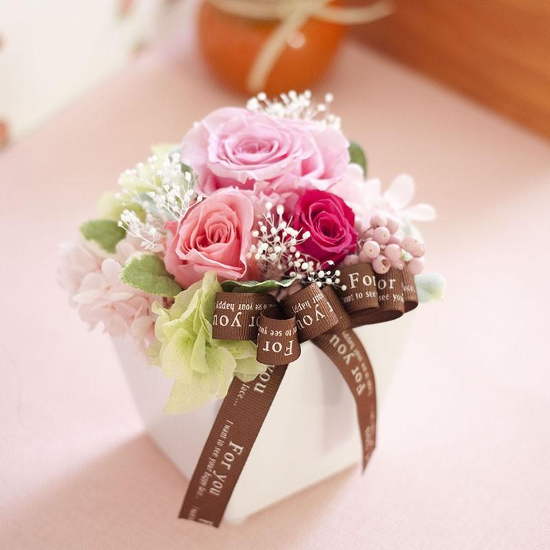 プリザーブドフラワー 誕生日 プールヴー 結婚祝い 結婚記念日 開店祝い プリザードフラワー 退職祝い ギフト プレゼント 送料無料|ruplan