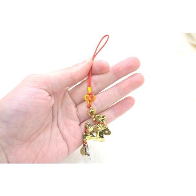 【メール便OK】 獅子 シシ ストラップ 銅製置物 ミニチュアサイズ 陰陽 鈴 古銭つき|ryu|04