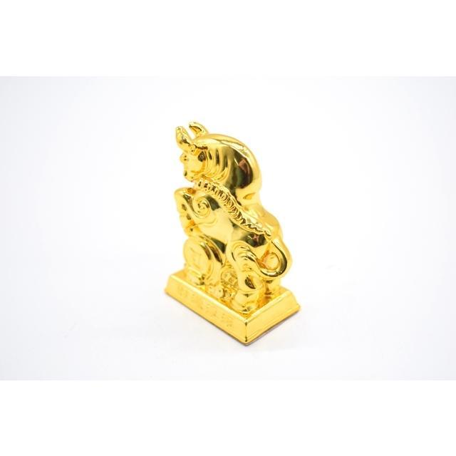牛 丑 うし 樹脂製置物 台座付き 金色 コンパクトサイズ 8cm|ryu|02