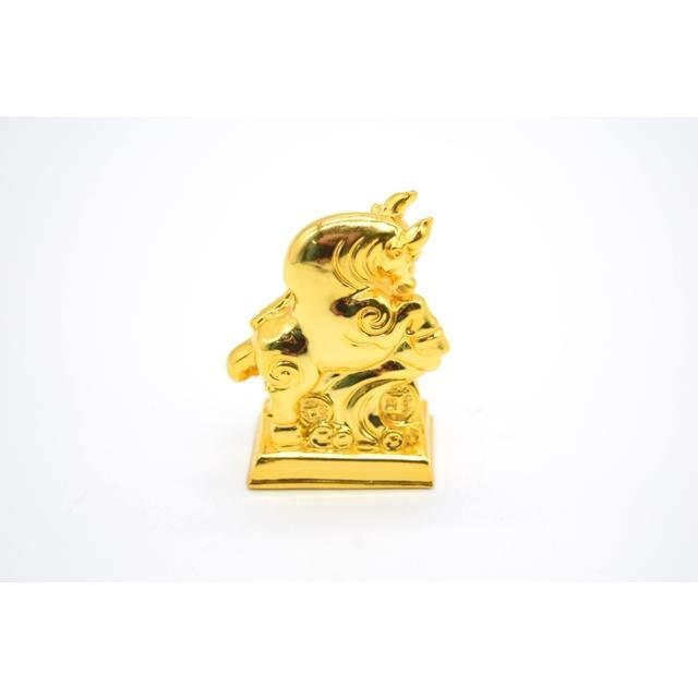 牛 丑 うし 樹脂製置物 台座付き 金色 コンパクトサイズ 8cm|ryu|04