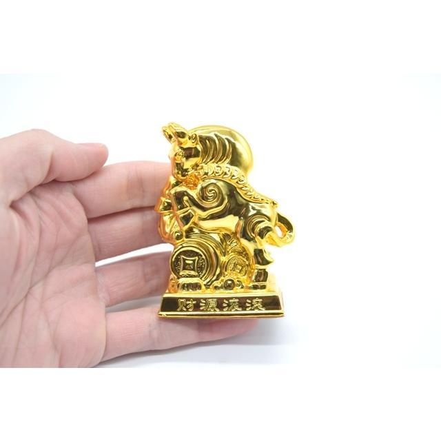 牛 丑 うし 樹脂製置物 台座付き 金色 コンパクトサイズ 8cm|ryu|06