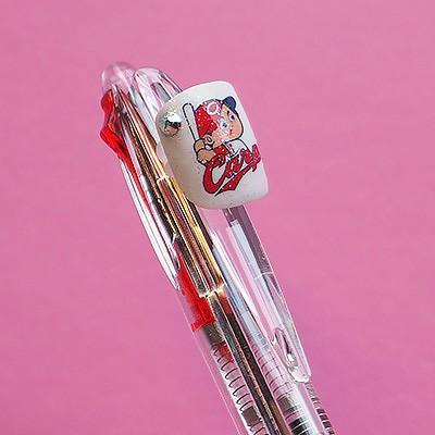 ペンデコカープ カープ坊や お好きなペンに取り付け自在|san-smile