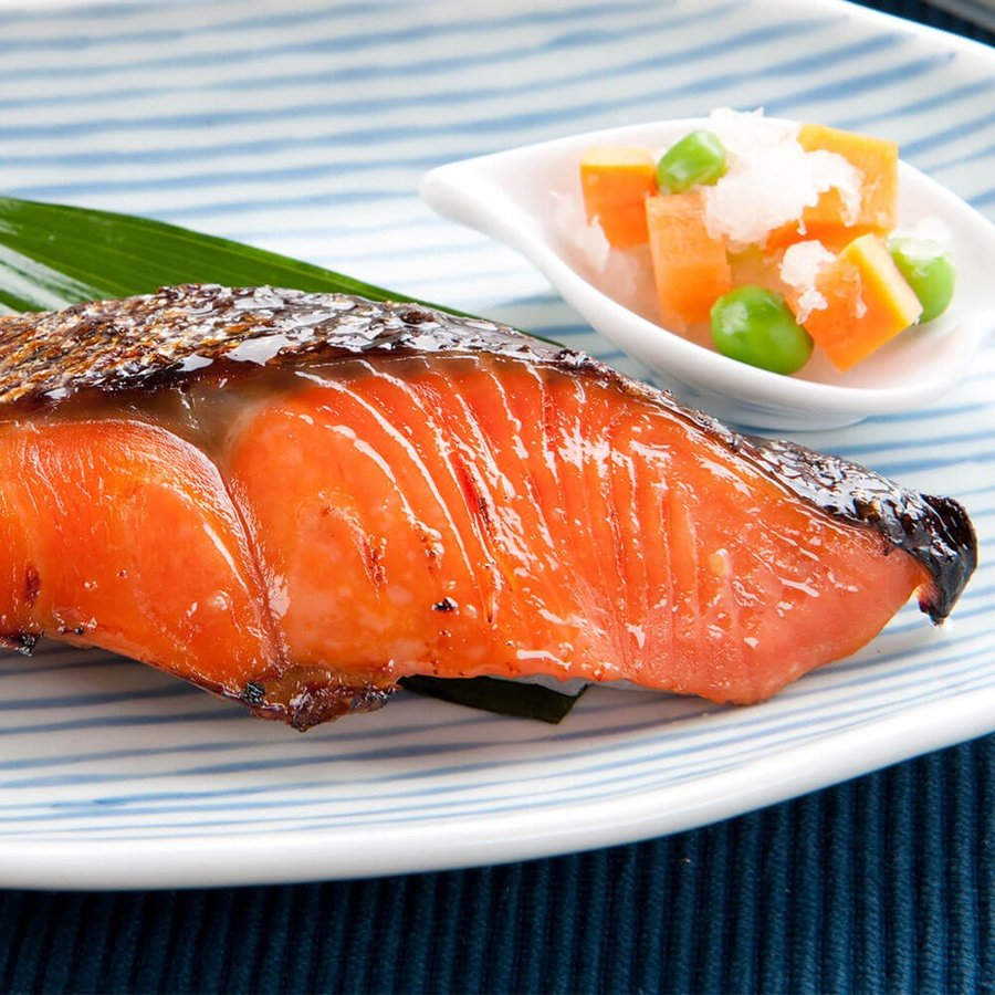 西京漬け 魚 ギフト 6切 紅鮭 鰆 詰め合わせ|seafoodhonpo88|03