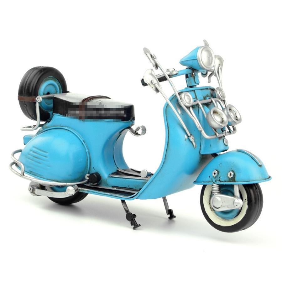 ベスパ ホワイト 1965年 Vespa Italy レトロ ブリキ製 ビンテージバイク (全て手作り)mot08