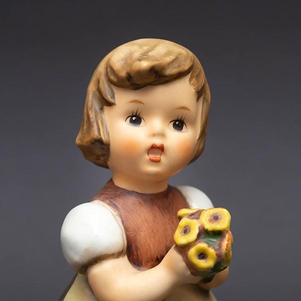 ゲーベル フンメル人形 『For Mother(母のために)』 selectors 05