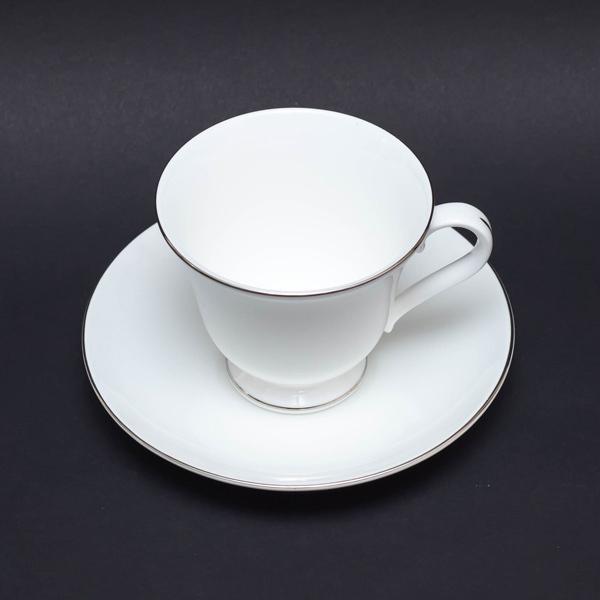 ウェッジウッド シグネットプラチナ ティーカップ&ソーサー(ヴィクトリア)|selectors|03