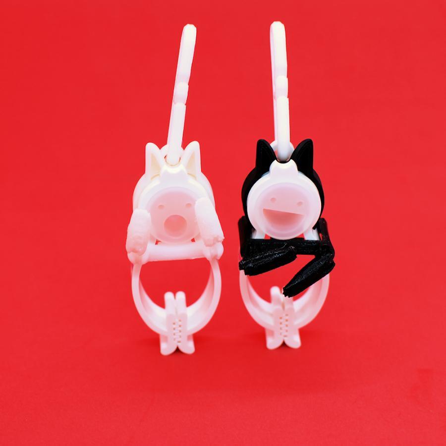 TLTLクリップ 2個セット(黒猫と白猫 動かせる手) sentakuclip 03