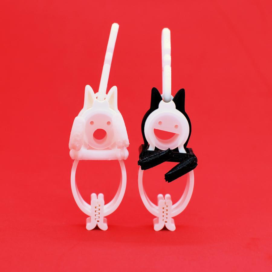 TLTLクリップ 2個セット(黒猫と白猫 動かせる手) sentakuclip 04