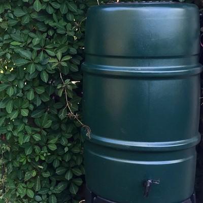 ハーコスター 雨水タンク 227リットル「レイントラップ(雨どい集水器)」「 専用スタンド」「オーバーフローキット」セット|sessuimura|08