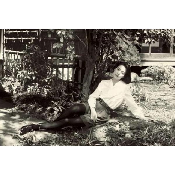 【巨匠・篠山紀信氏により撮影され、1991年に発売された 「water fruit」 を巨大化した写真集。】Water Fruits 篠山紀信×樋口可南子/篠山紀信 shonan-tsutayabooks 02